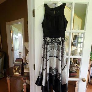 SIGNATURE Dress
